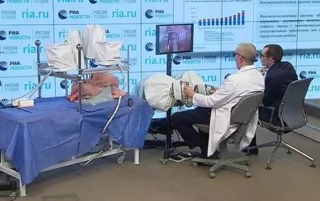 Презентация медицинского робота-манипулятора Шипунова