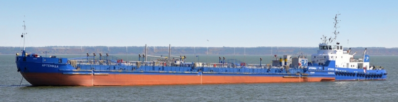 Нефтеналивная баржа Костромской верфи