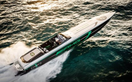 AMG Cigarette Racing Boat