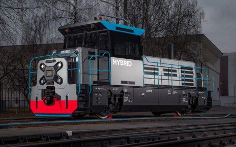 TEM5X biaxial hybrid diesel locomotive