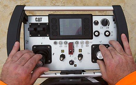 Pult Cat Command