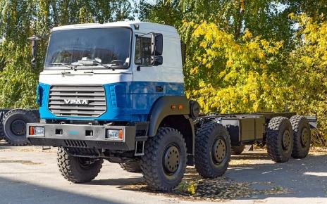 Четырехосный «Урал-9593»
