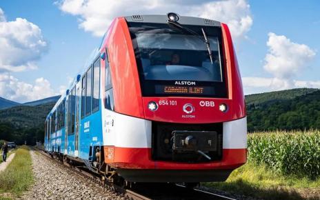 Поезд на водородных топливных элементах
